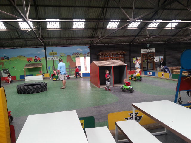 1a-kids-day-out-farm-race-track